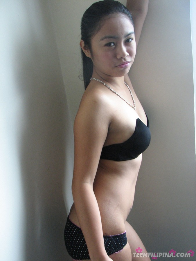 Spread cheeks anal gape