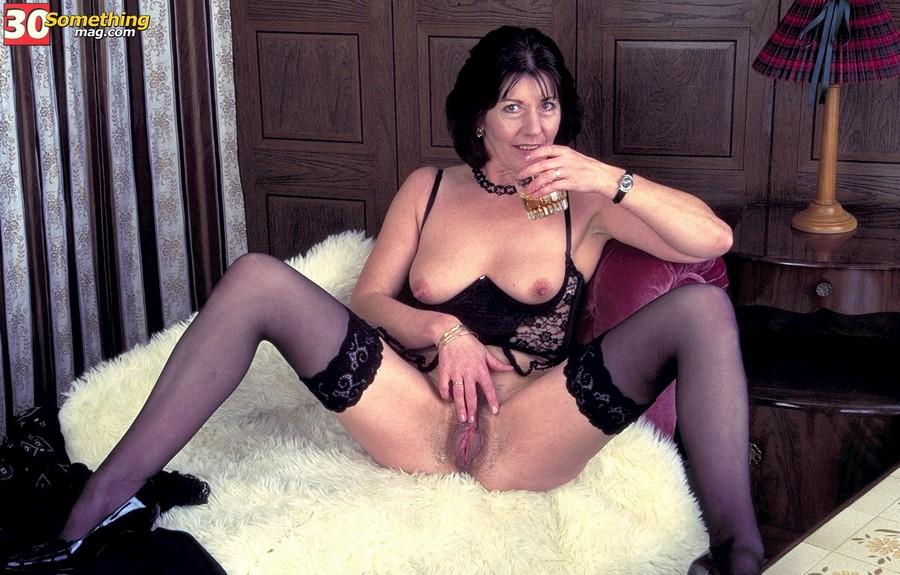 Crazy Granny Pics - older women seducing younger men mature sex pictures