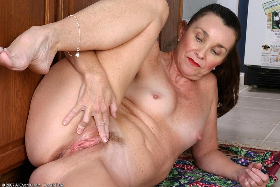 Pretty nude asian moms