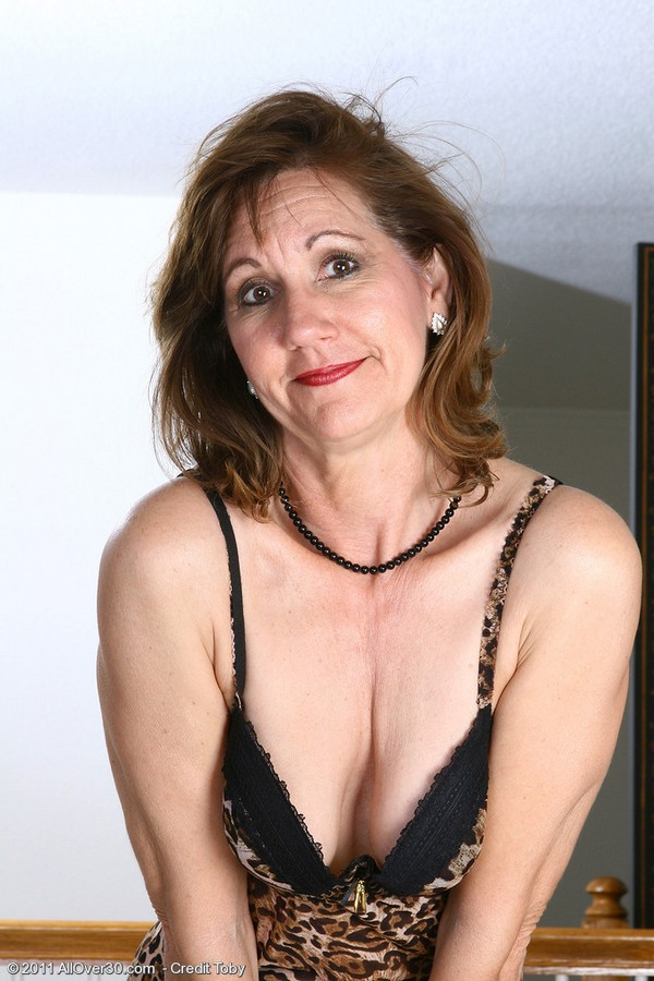 New Milf Sex, sexy milfs in sexy underwear getting fucked