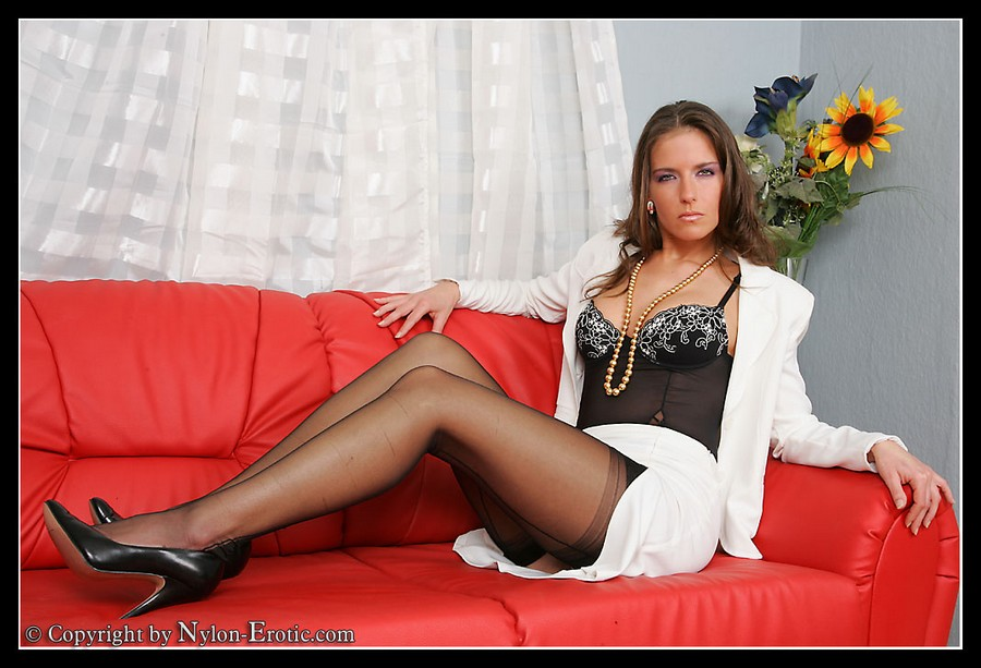 Lady In Pantyhose Galleries